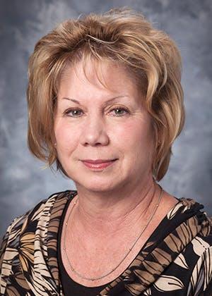 Portrait of Cheryl Lavender